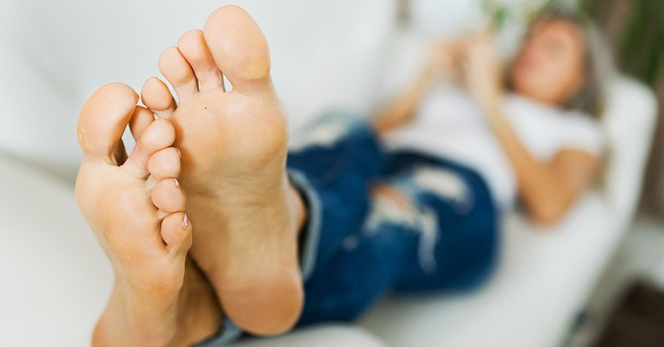 Cracked Heels – Causes and Treatment